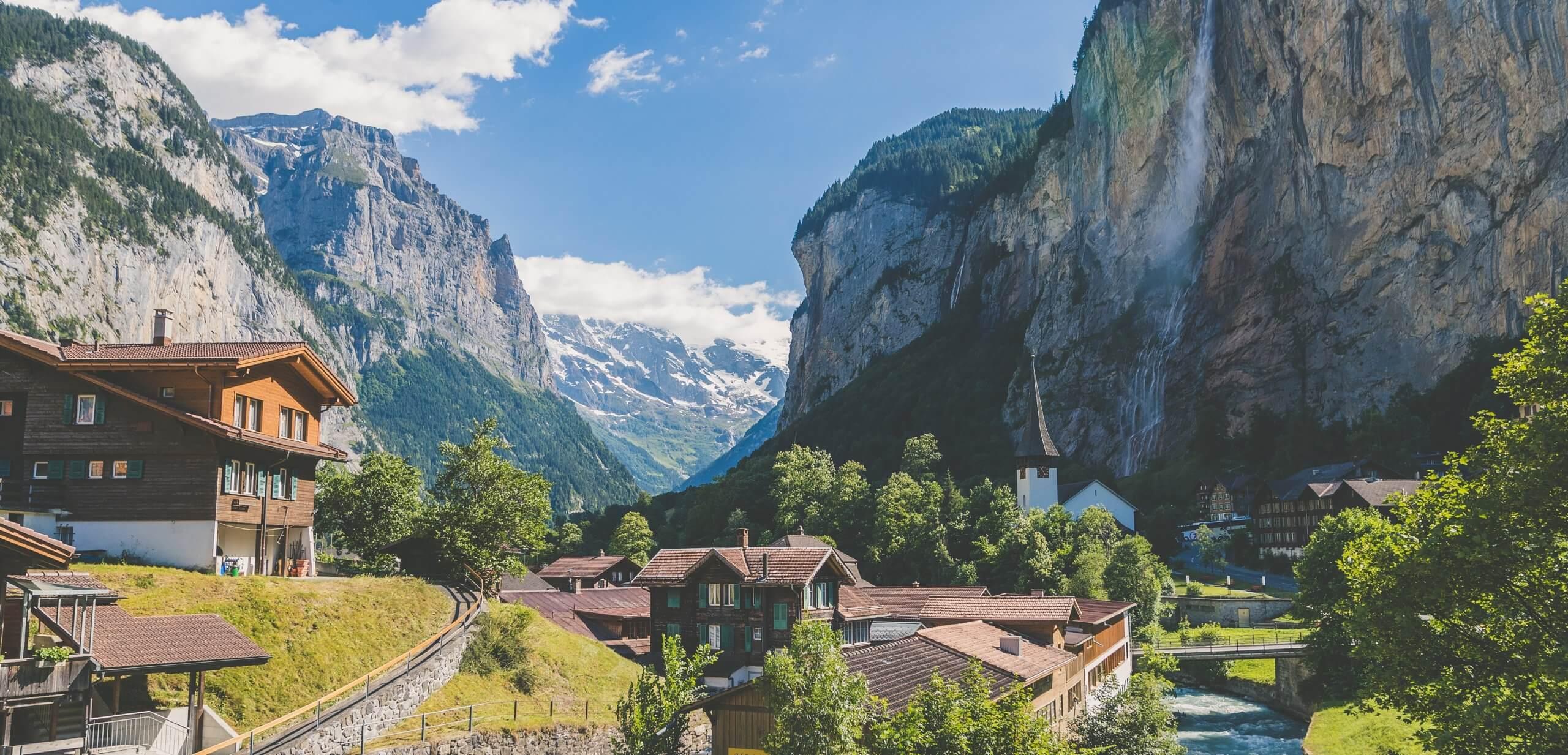 Lauterbrunnen Schweiz scaled